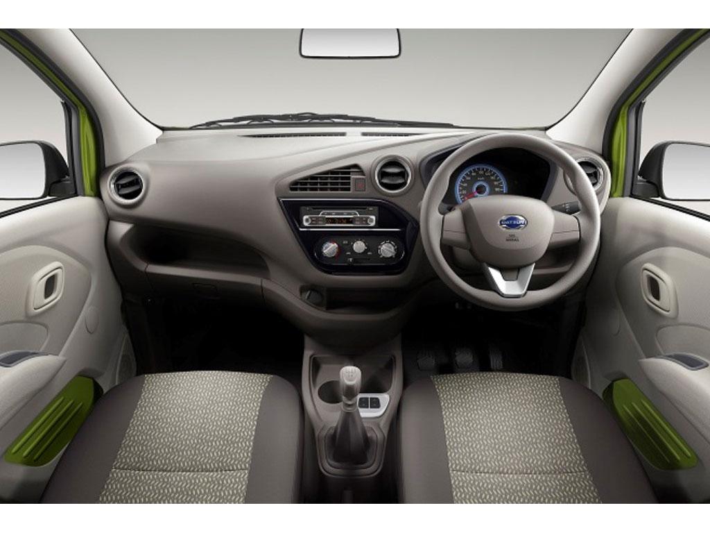 Datsun-redi-GO-Interiors (1)