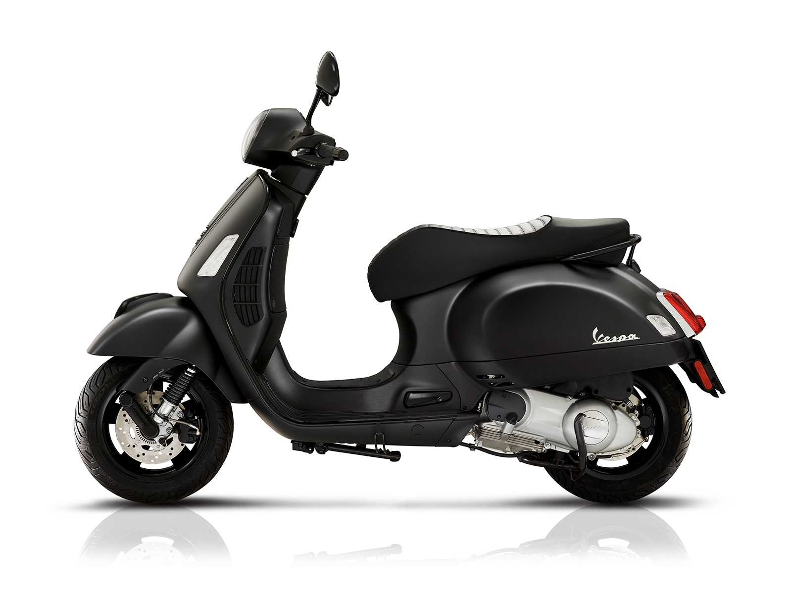 1000908-9583-vespa-vespa-gts-125-super-notte-verylarge