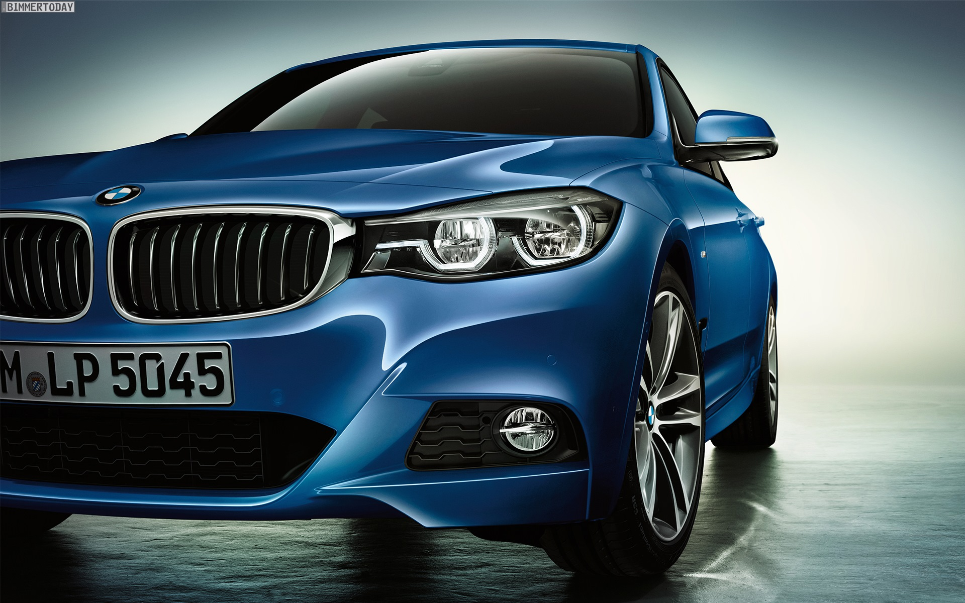 BMW-3er-GT-Facelift-2016-Wallpaper-1920x1200-08