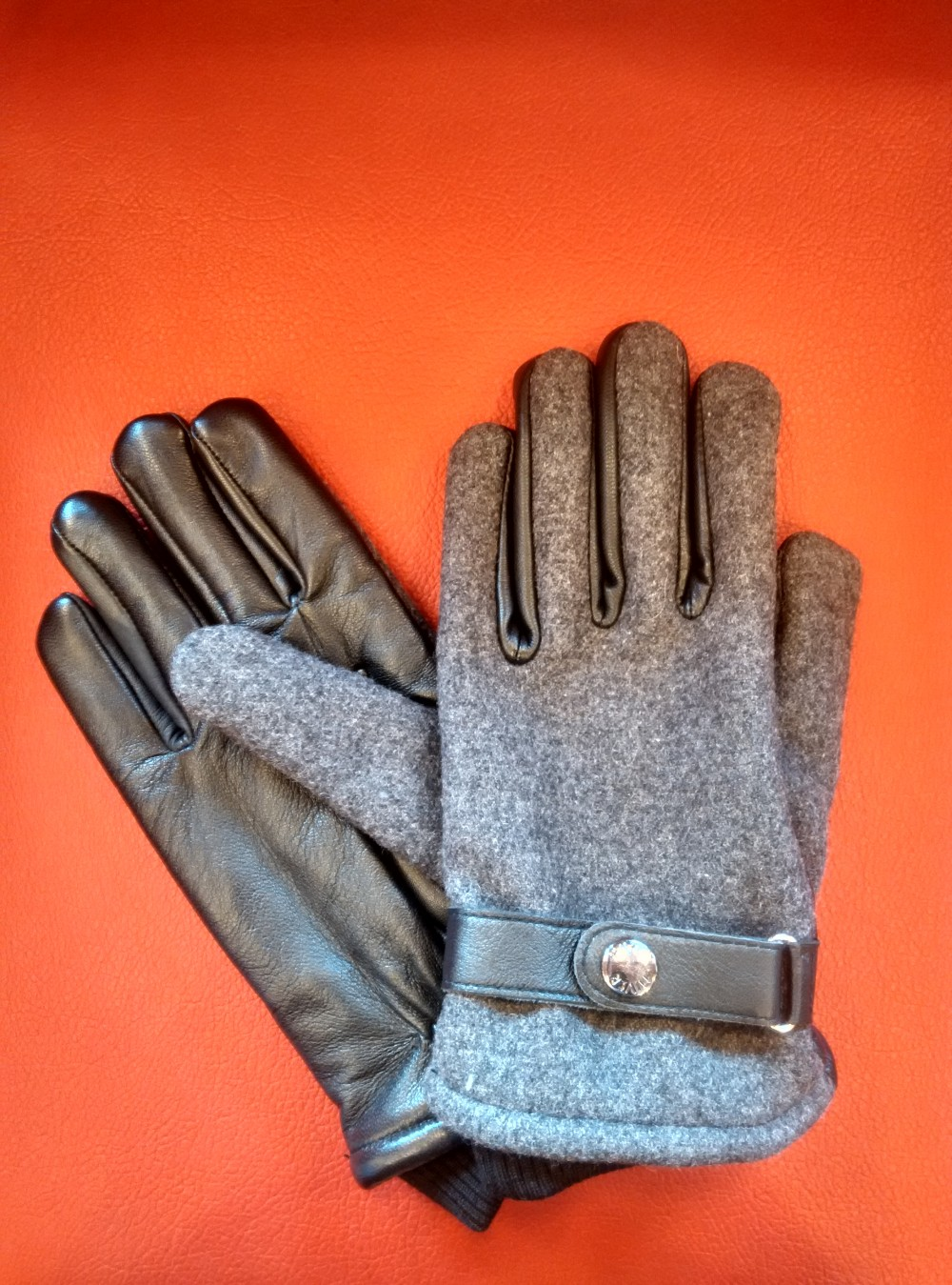 Leather gloves available at Traveller's Empire and Pretty Collection