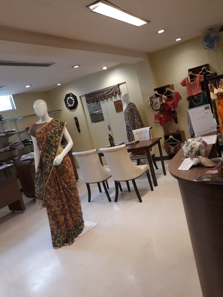 Diyas Fashion Boutique is one of the coolest fashion places for women